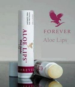 aloe-lip-balm-with-jojoba